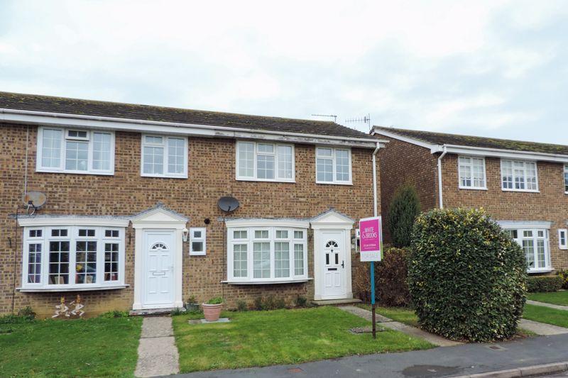3 bed house for sale in Rusbridge Close, Bognor Regis - Property Image 1