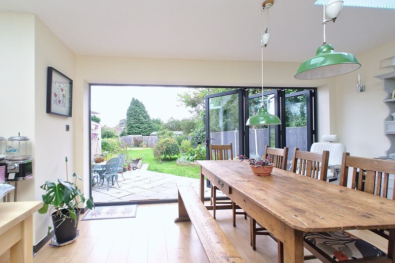 3 bed bungalow for sale in Oak Avenue, Chichester  - Property Image 1