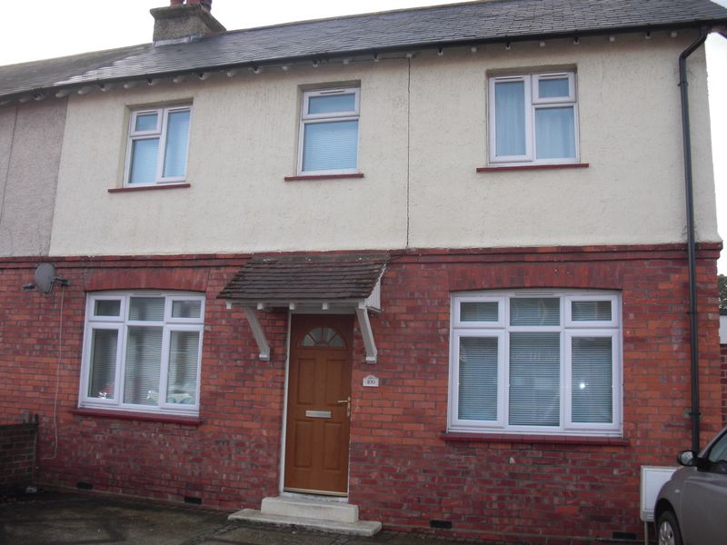 STUDENT LET FOR SALE - Adelaide Road, Chichester, PO19