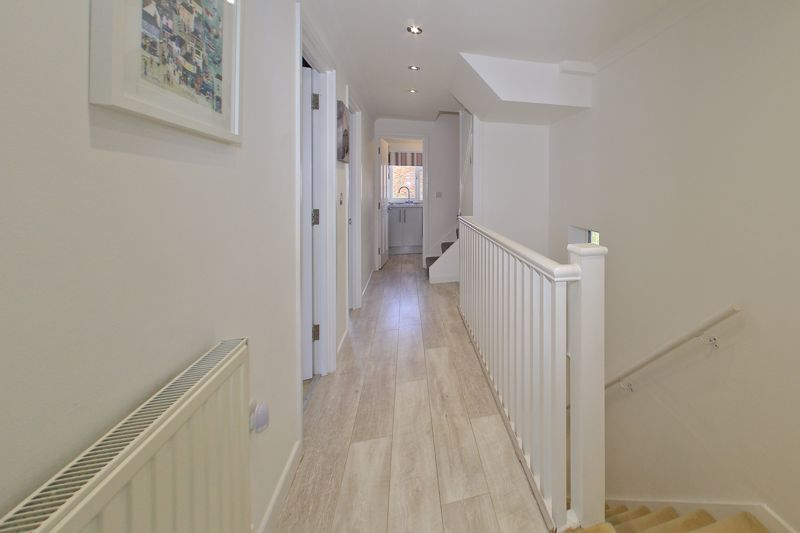 2 bed flat for sale in Littlefield Road, Chichester  - Property Image 9