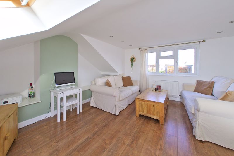 2 bed flat for sale in Littlefield Road, Chichester  - Property Image 6