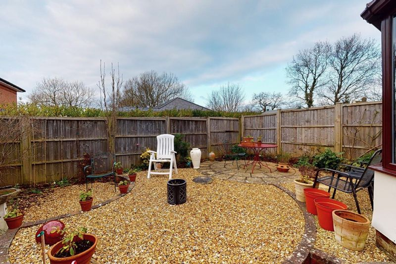 3 bed house for sale in Salthill Road, Chichester  - Property Image 11