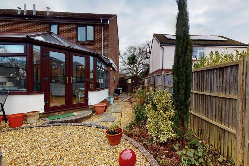 3 bed house for sale in Salthill Road, Chichester  - Property Image 9