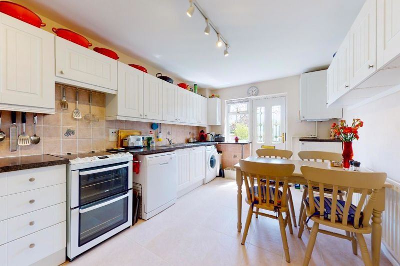 4 bed house for sale in Newport Drive, Chichester 2