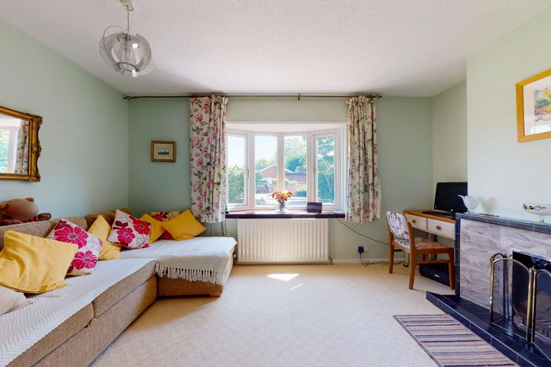 4 bed house for sale in Newport Drive, Chichester 19