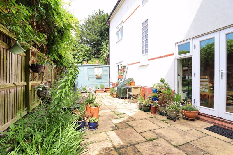 4 bed house for sale in Pears Grove, Emsworth 1