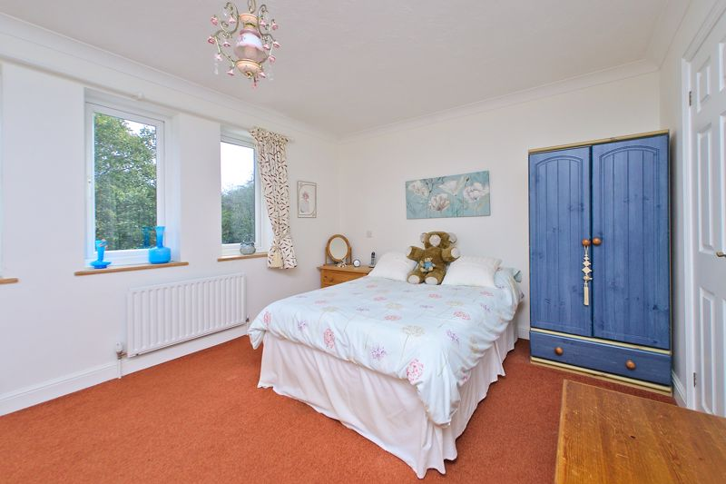 3 bed house for sale in Waterside Drive, Chichester  - Property Image 6