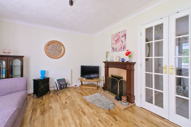 3 bed house for sale in Waterside Drive, Chichester  - Property Image 11