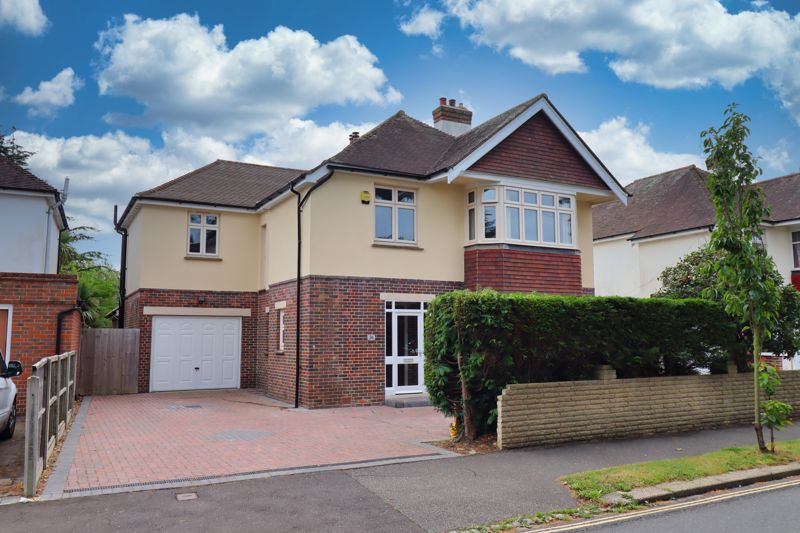 <br/><br/>Substantial detached house, Immaculately presented throughout and situated in the sought after area of Aldwick, close to the Aldwick Road shops, West Park and the seafront. Bognor Regis town centre is within easy reach, where a mainline railway station to London Victoria can be found. The Cathedral City of Chichester, which provides a wide variety of cultural, leisure and shopping facilities, including the internationally renowned Festival Theatre is approximately six miles.  Approximately 10 miles to the North West lies Goodwood with its' famous race course, golf courses and airfield and which is also home to the annual Festival of Speed and The Revival.  The A27 provides easy access across the Coast to Brighton to the East and Southampton to the West. <br/><br/>The accommodation briefly comprises to the ground floor, Entrance Hall, fitted Kitchen with central island and integrated appliances, Living Room, second Reception Room, Cloakroom and Sun Room with skylight. To the first floor there are four double Bedrooms, with En-Suite Shower Rooms to two Bedrooms and a walk in wardrobe to the Primary Bedroom, there is also an additional family Bathroom. <br/><br/>Further benefits include an enclosed rear garden, integral garage, double glazing throughout and driveway providing ample off road parking for at least 4 cars. The property is also offered for sale with no forward chain. An internal viewing is essential to appreciate the location and accommodation on offer.