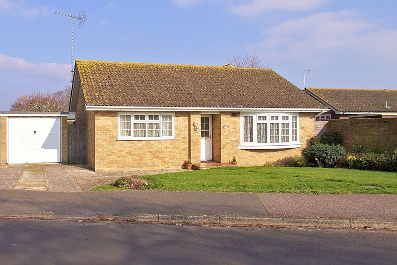 Mornington Crescent, Felpham, PO22