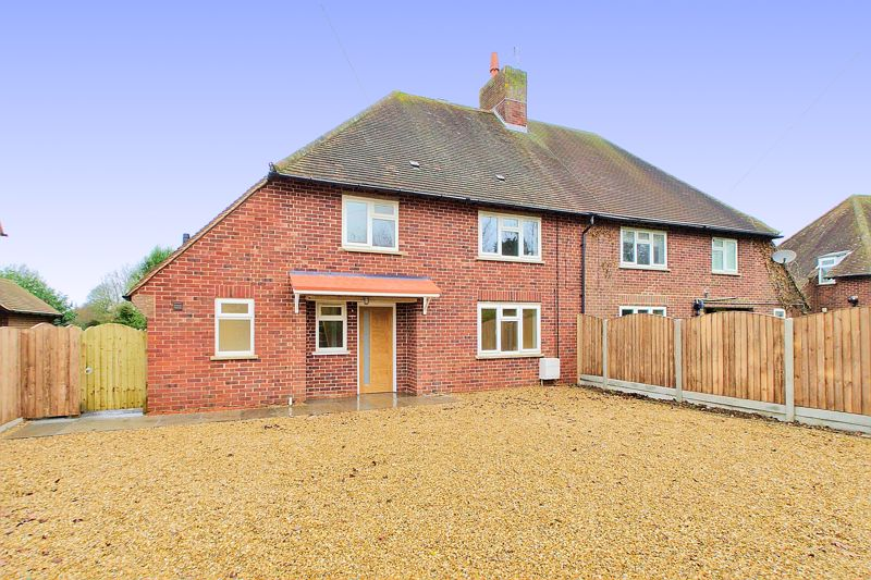 3 bed house for sale in Elm Grove, Runcton - Property Image 1