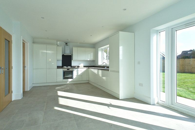 4 bed house for sale in North Bersted Street, Bognor Regis  - Property Image 9