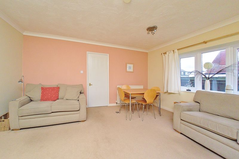 3 bed house for sale in Main Drive, Bognor Regis  - Property Image 7