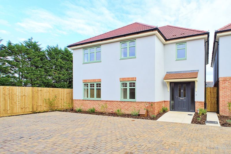 4 bed house for sale in Harbour Mews, Main Road, Chichester - Property Image 1