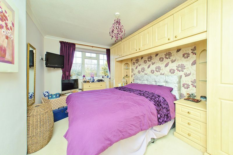 3 bed house for sale in Wakefield Way, Bognor Regis  - Property Image 3