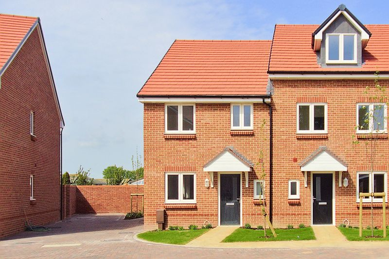 NYETIMBER, PO21 3FL - SHOW HOME OPEN FRIDAY - MONDAY 10 AM - 5PM