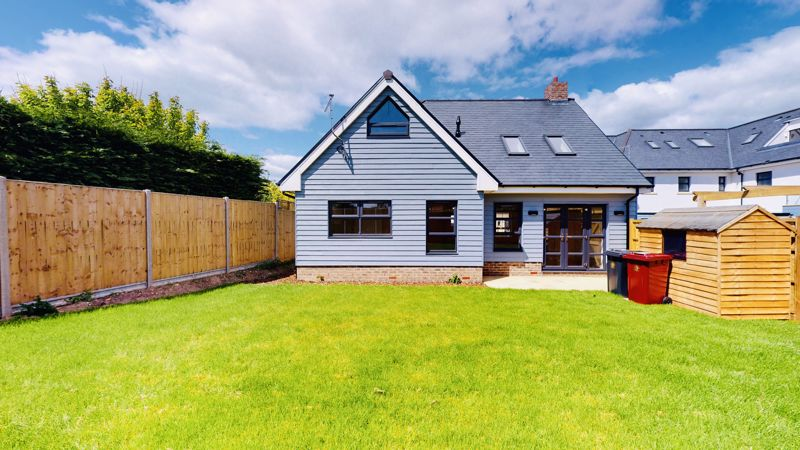 4 bed house for sale in Sandlands Point, Stocks Lane, East Wittering   - Property Image 12
