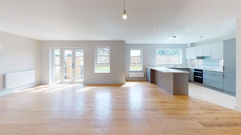 4 bed house for sale in Sandlands Point, Stocks Lane, East Wittering   - Property Image 3