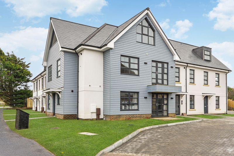 2 bed flat for sale in Sandlands Point, Stocks Lane, East Wittering  - Property Image 1