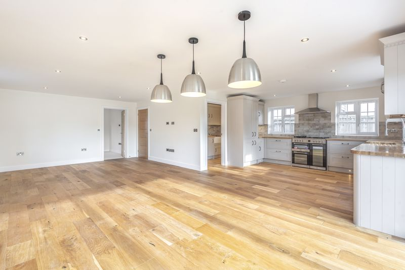 4 bed house for sale in Breach Avenue, Emsworth - Property Image 1