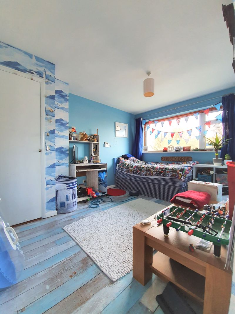 3 bed house for sale in Sussex Drive, Walderslade  - Property Image 1