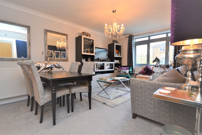 1 bed flat for sale in Wallis Place, Maidstone - Property Image 1