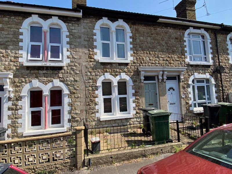 2 bed house to rent in Waterlow Road, Maidstone 0