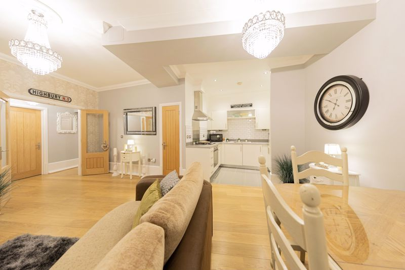2 bed flat to rent in Church Street, Maidstone  - Property Image 1