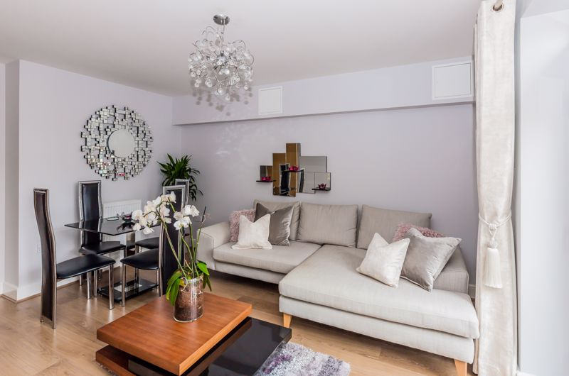 1 bed flat for sale in Wallis Place, Maidstone 0