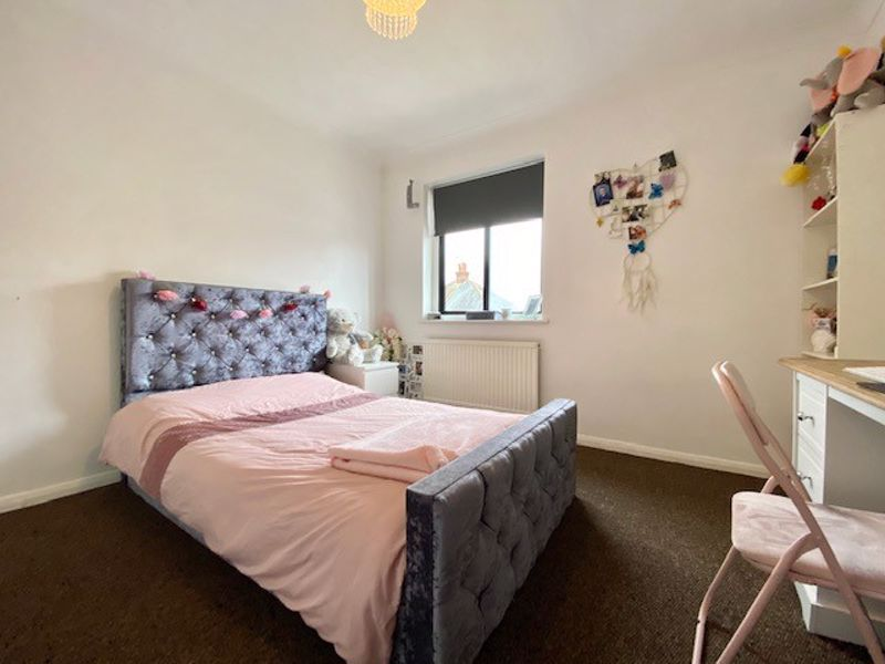 2 bed house for sale in Mara Court, Chatham  - Property Image 1