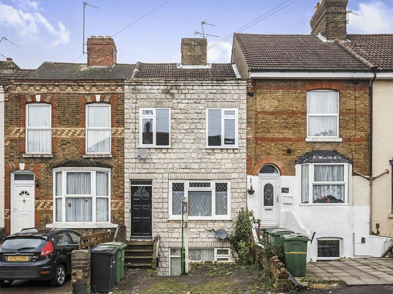 1 bed flat for sale in Boxley Road, Maidstone - Property Image 1