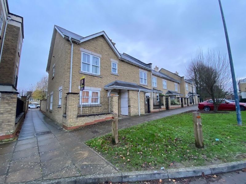 3 bed house to rent in Coriander Drive, Maidstone  - Property Image 1
