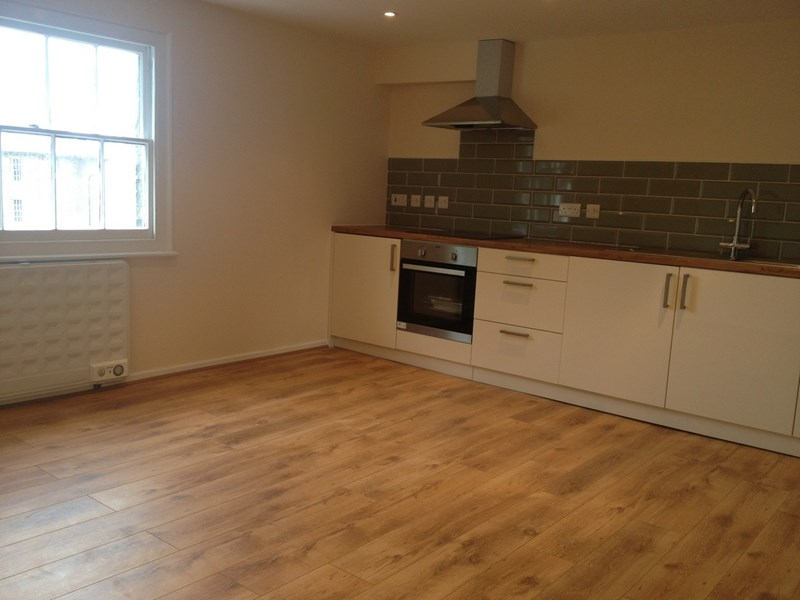 1 bed flat to rent in 3 Albion Place, Maidstone 0