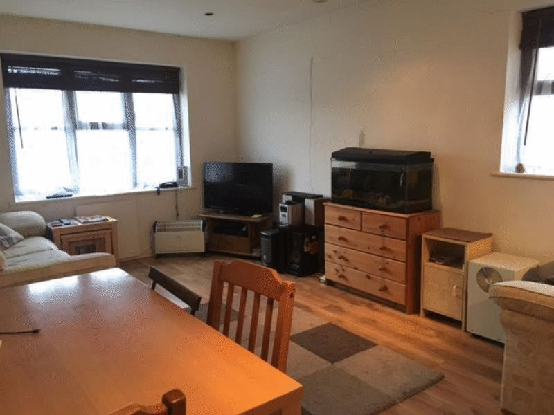 1 bed flat for sale in Crowton Court, Snodland 5