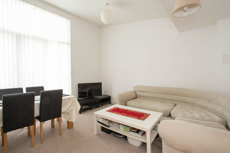 2 bed flat for sale in Kingfisher Meadow, Maidstone 1