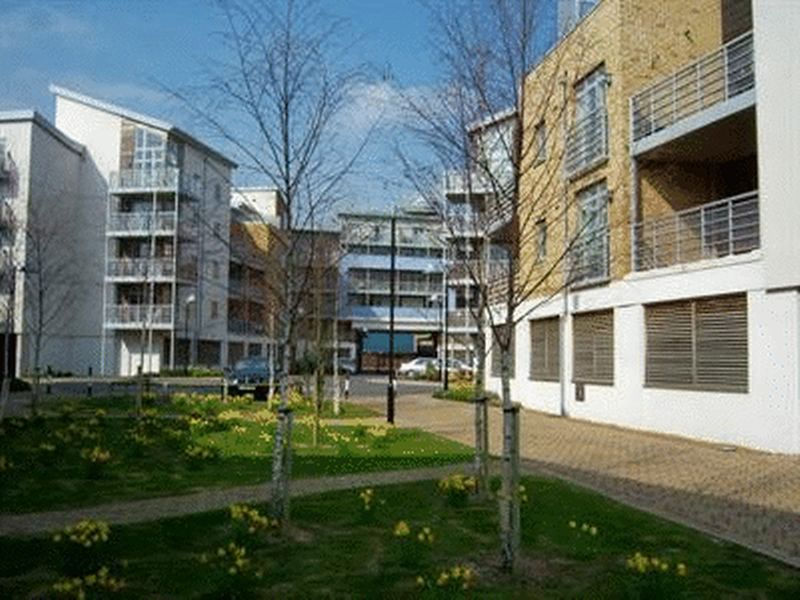 2 bed flat for sale in Kingfisher Meadow, Maidstone  - Property Image 4