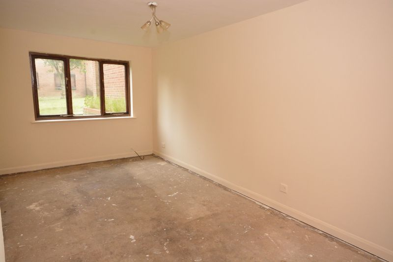 1 bed flat for sale in Daniel House, Lesley Place, Maidstone  - Property Image 3