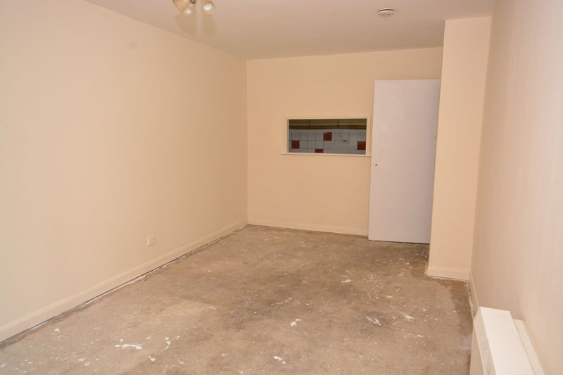 1 bed flat for sale in Daniel House, Lesley Place, Maidstone 3