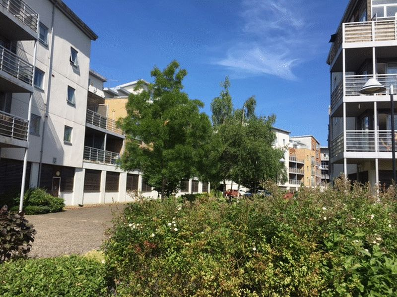 1 bed flat for sale in Kingfisher Meadows, Maidstone 6
