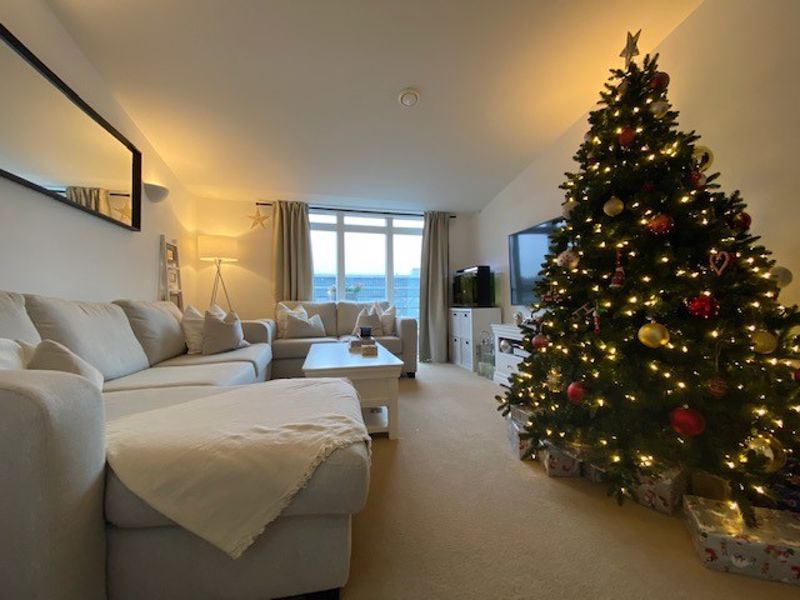 1 bed flat for sale in Kingfisher Meadows, Maidstone 1