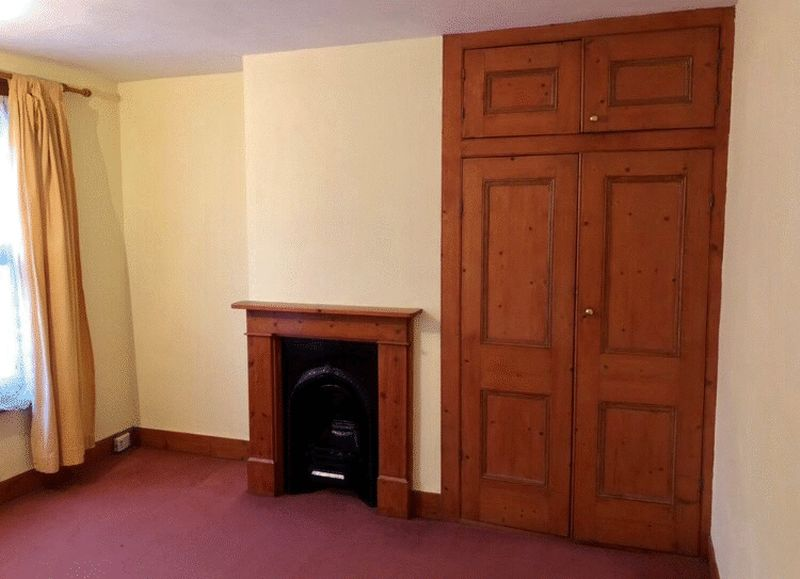 2 bed house for sale in Dale Street, Chatham 4
