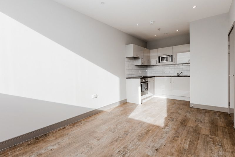 Flat to rent in Brenchley House, Week Street, Maidstone  - Property Image 8