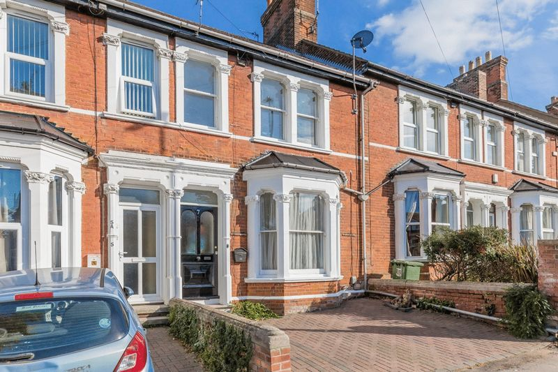 4 bed house for sale in Hastings Road, Maidstone - Property Image 1