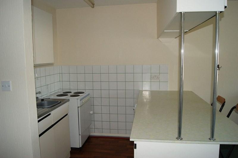 Flat for sale in Elizabeth House, Maidstone 2