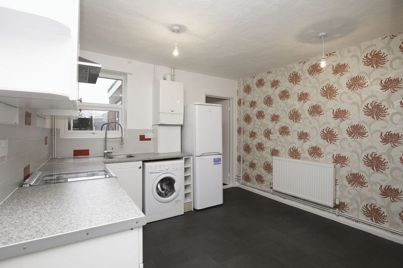 3 bed house for sale in Milton Street, Maidstone - Property Image 1