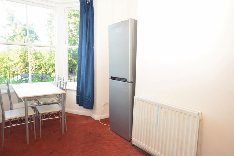 2 bed flat for sale in Ordnance Terrace, Chatham 1