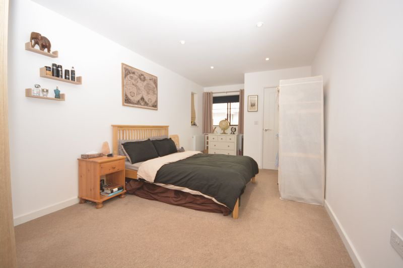 1 bed flat for sale in St. Faiths Street, Maidstone 4