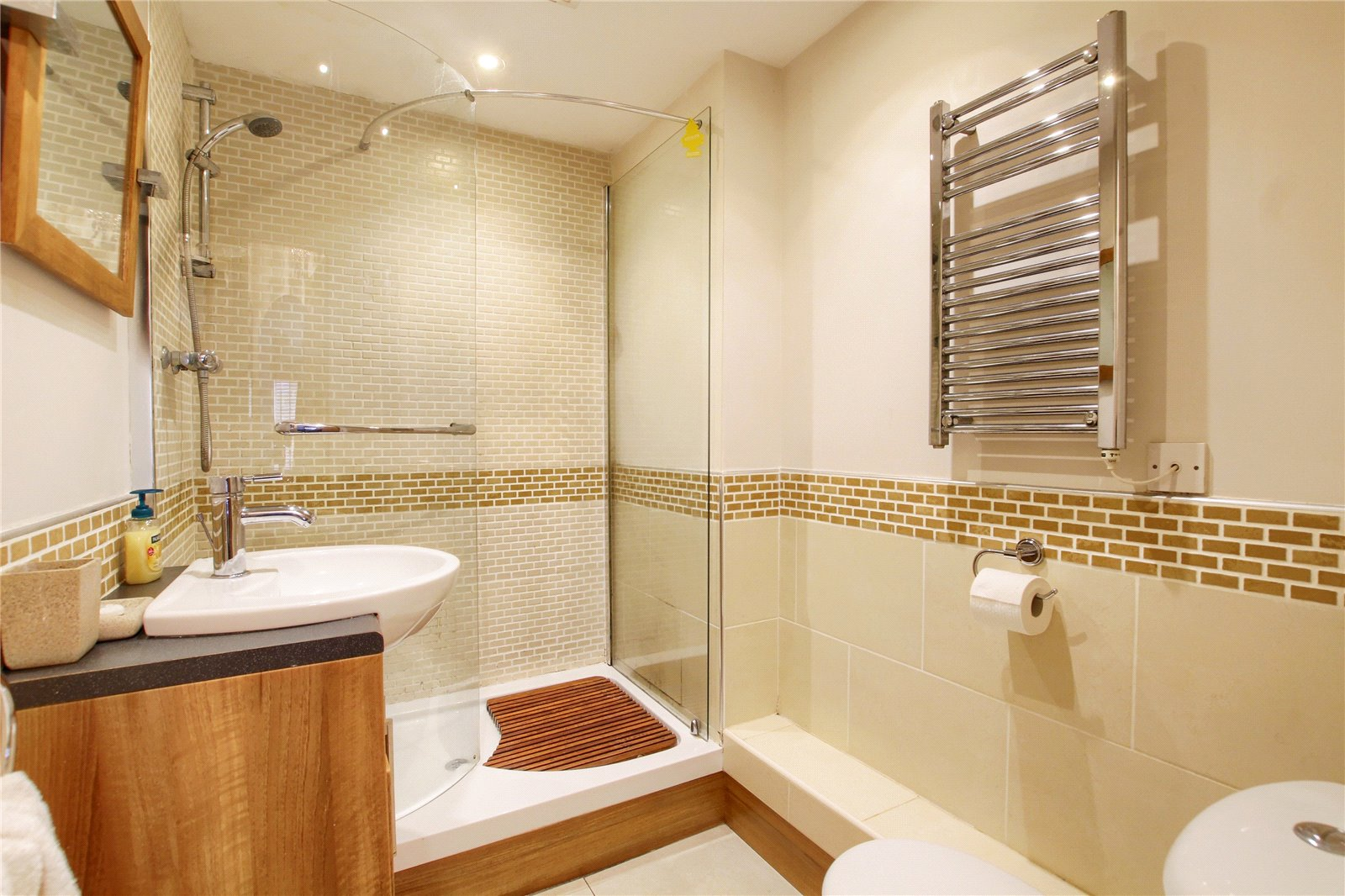 2 bed for sale in Belgravia Gardens, The Avenue  - Property Image 12