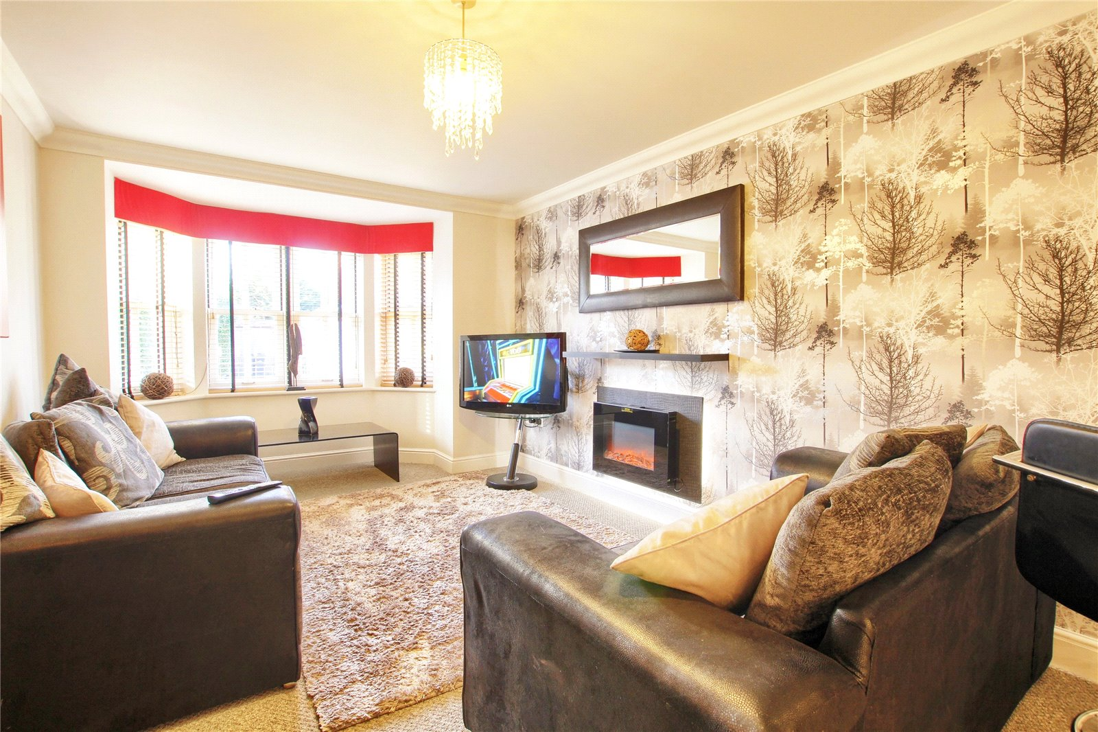 2 bed for sale in Belgravia Gardens, The Avenue  - Property Image 3