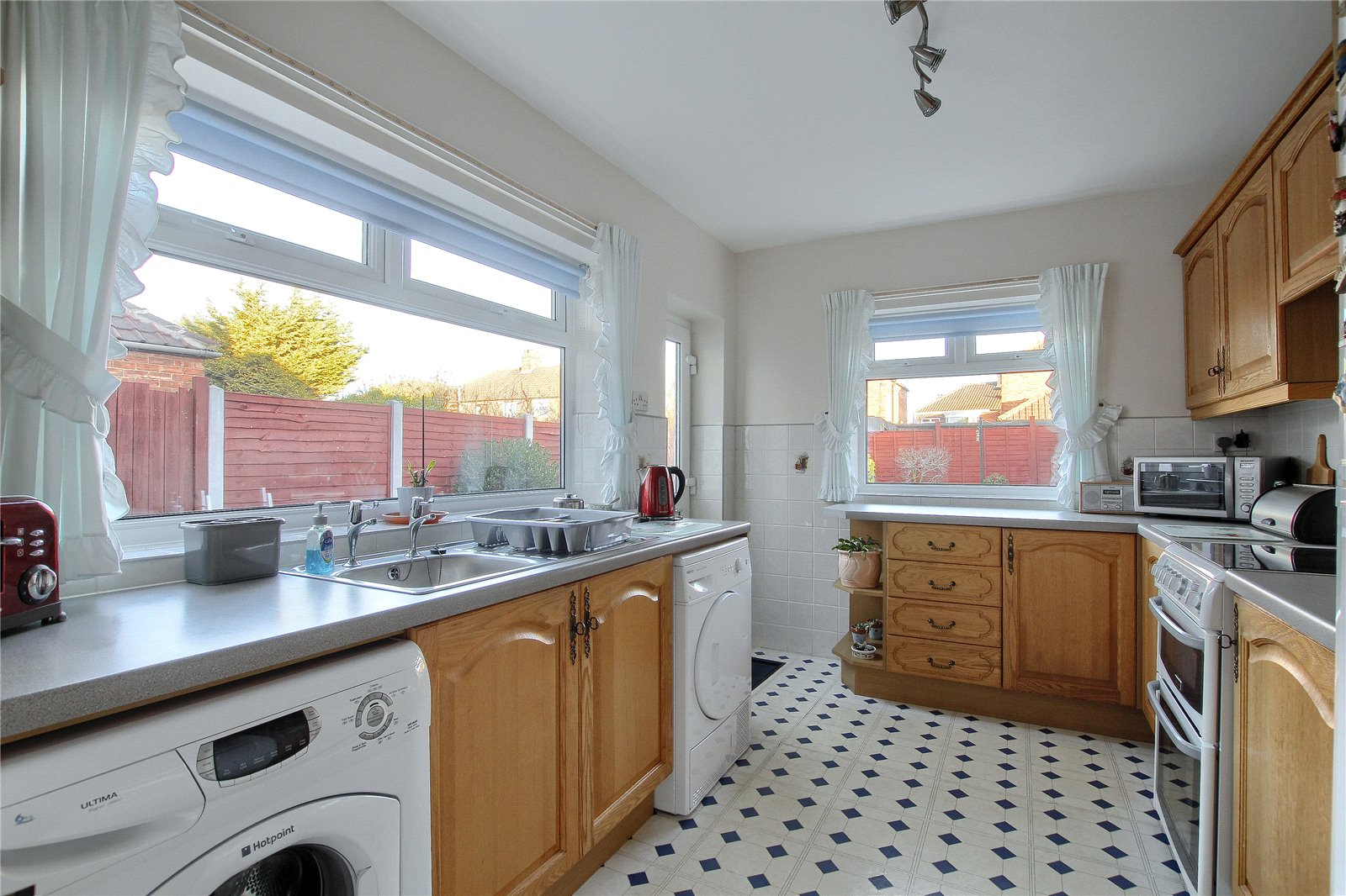 3 bed house for sale in Benton Road, Tollesby  - Property Image 3